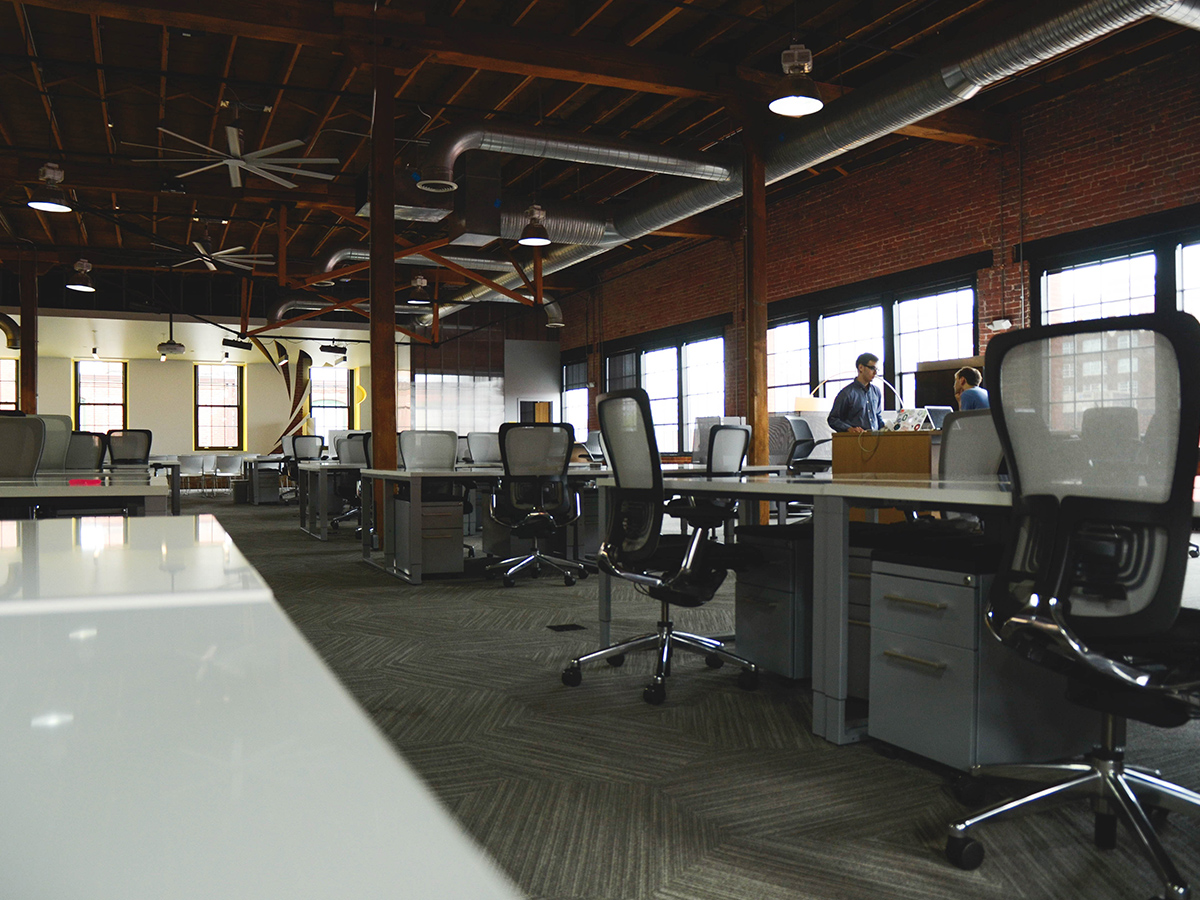 Commercial Cleaning services for offices, small business, and property management